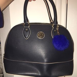 Purse with puffer